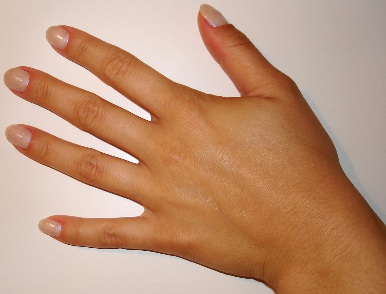 Jak dbać o paznokcie – proste zasady